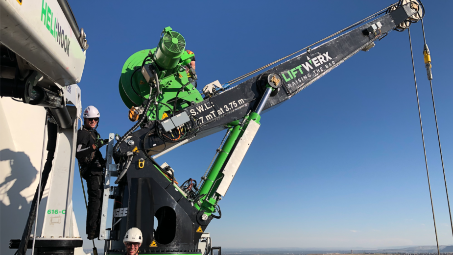 Field-Testing of newest RotorHook™ and GenHook™ Cranes